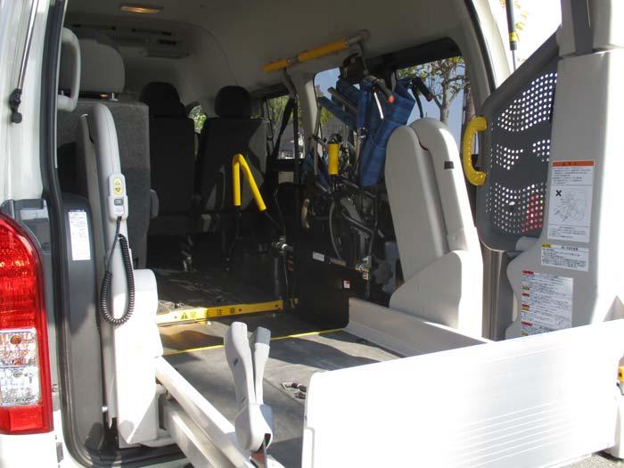 民間救急車 標準装備一覧